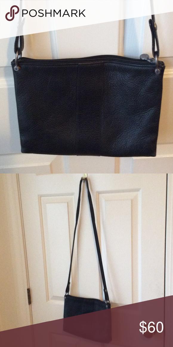 ... netherlands fendi authentic shoulder bag. black casual leather simple  casual elegance. shoulder bag zipper ... c97541decf