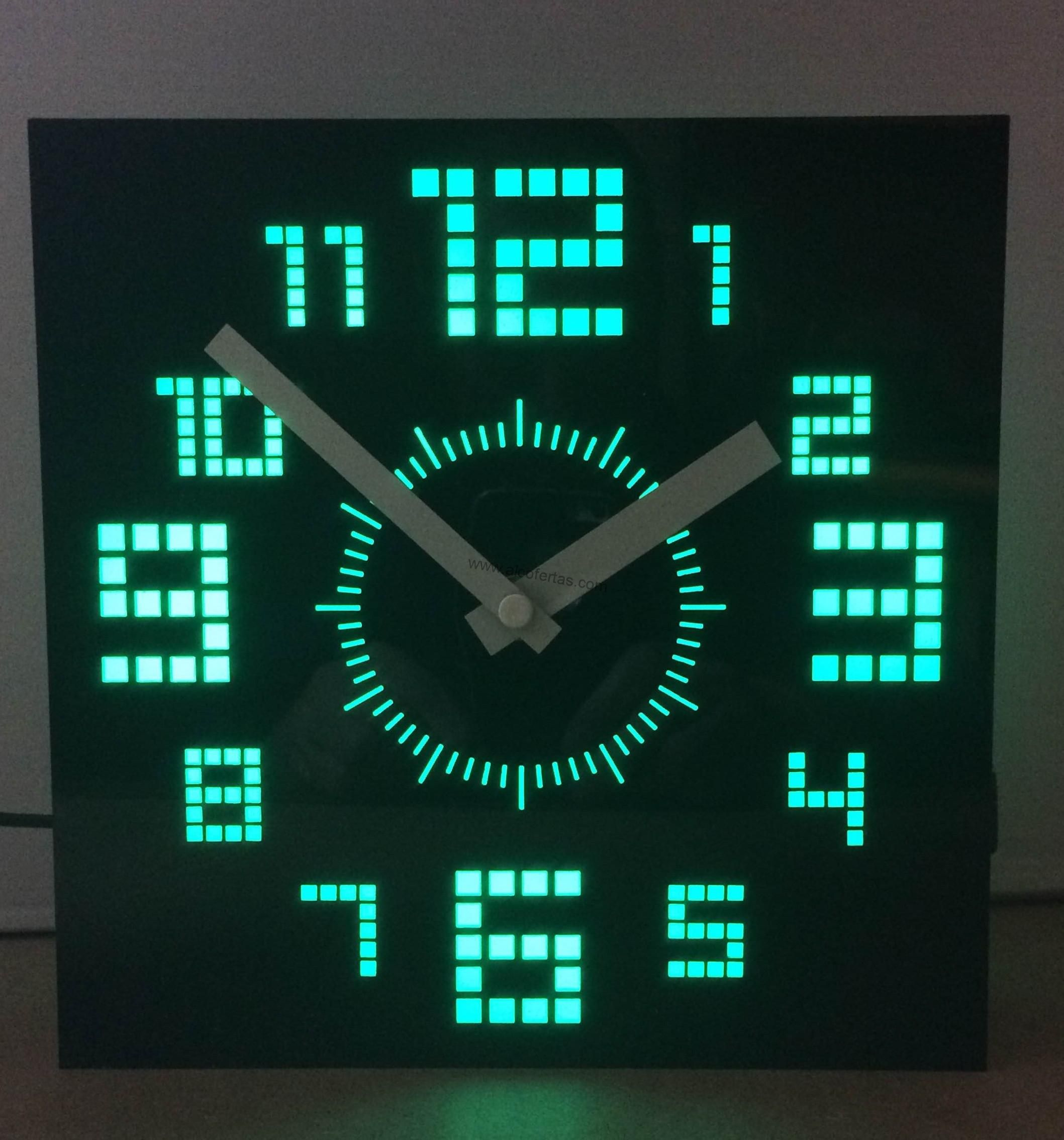 Reloj moderno, luces de led | Pinterest | Reloj digital de pared ...