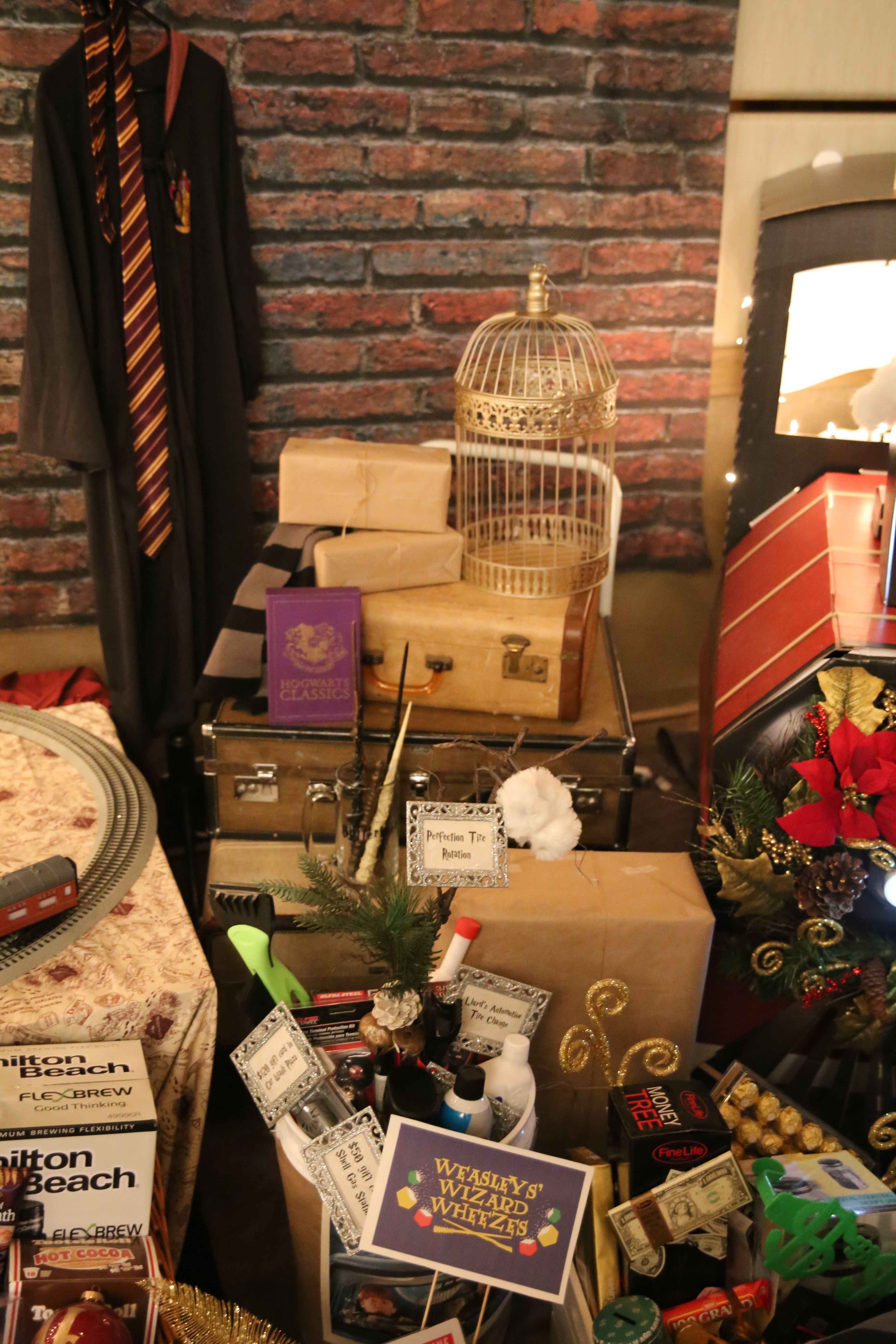 Another View Of The Harry Potter Christmas Display 2017 Festival Of Trees Coeur D Alene Love Those S Christmas Display Harry Potter Christmas Coeur D Alene