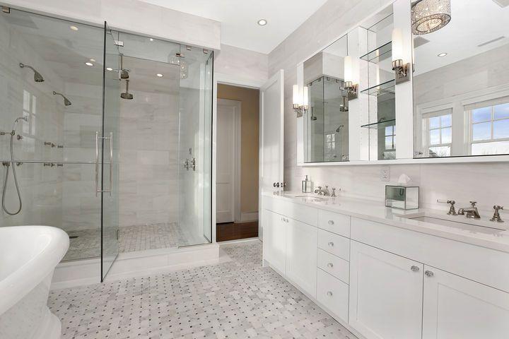 Home Design Interior White Marble Bathrooms White Master