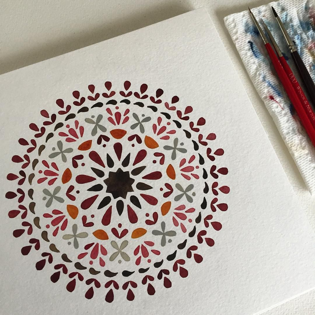 A mandala I painted long ago in new colors.. a special request from a customer…