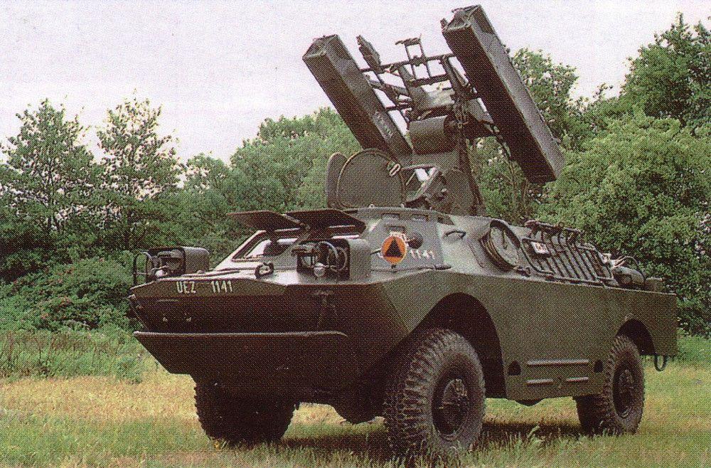 """* 9K31 Strela-1 (= SA-9 """"Gaskin"""") * Lança Míssil 'Terra-Ar' 9M31."""