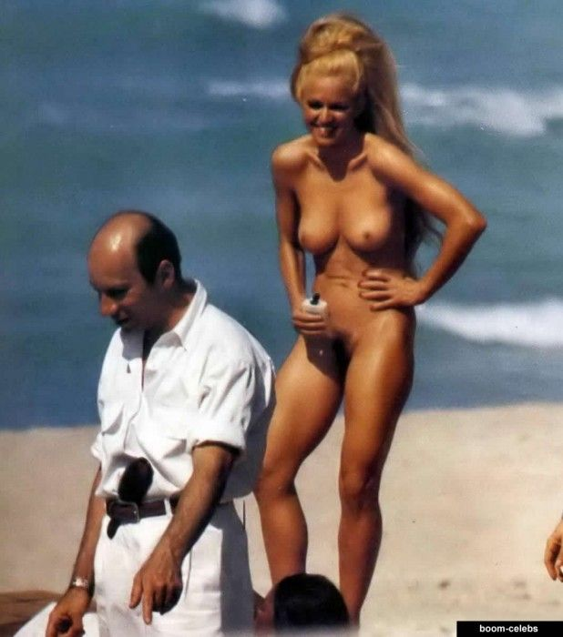 Madonna Nude Images 25