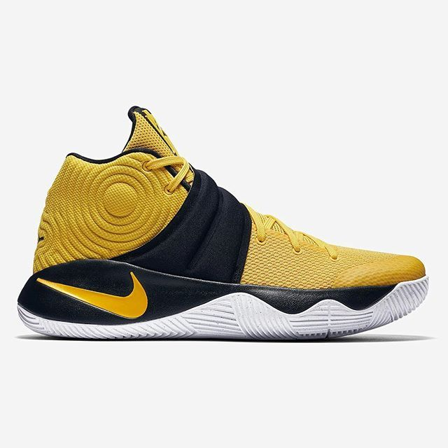Another tribute to Kyrie s Australian roots. This Nike Kyrie 2 ... 6e32a1c0877