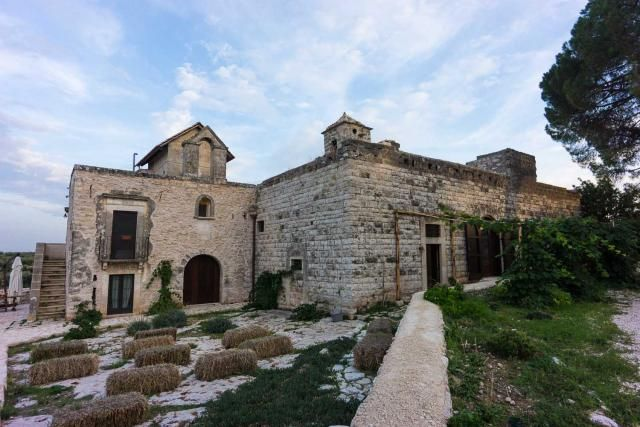 Review of Masseria Posta Santa Croce, a fantastic place to stay in Puglia. Read about farm house Posta Santa Croce and where to go when you stay there.