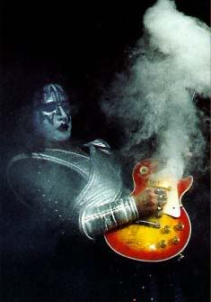 Most Famous Guitars Ever Ace Frehley Kiss Rock Bands Rock Music