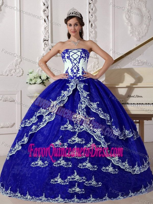 a3b3c8c1c83 Luxurious Dark Blue and White Strapless Quinceanera Dress with Appliques