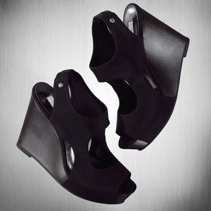 809f4690b63c Vera wang wedges so comfortable things had pinterest shoes jpg 300x300 Vera  wang wedges shoes