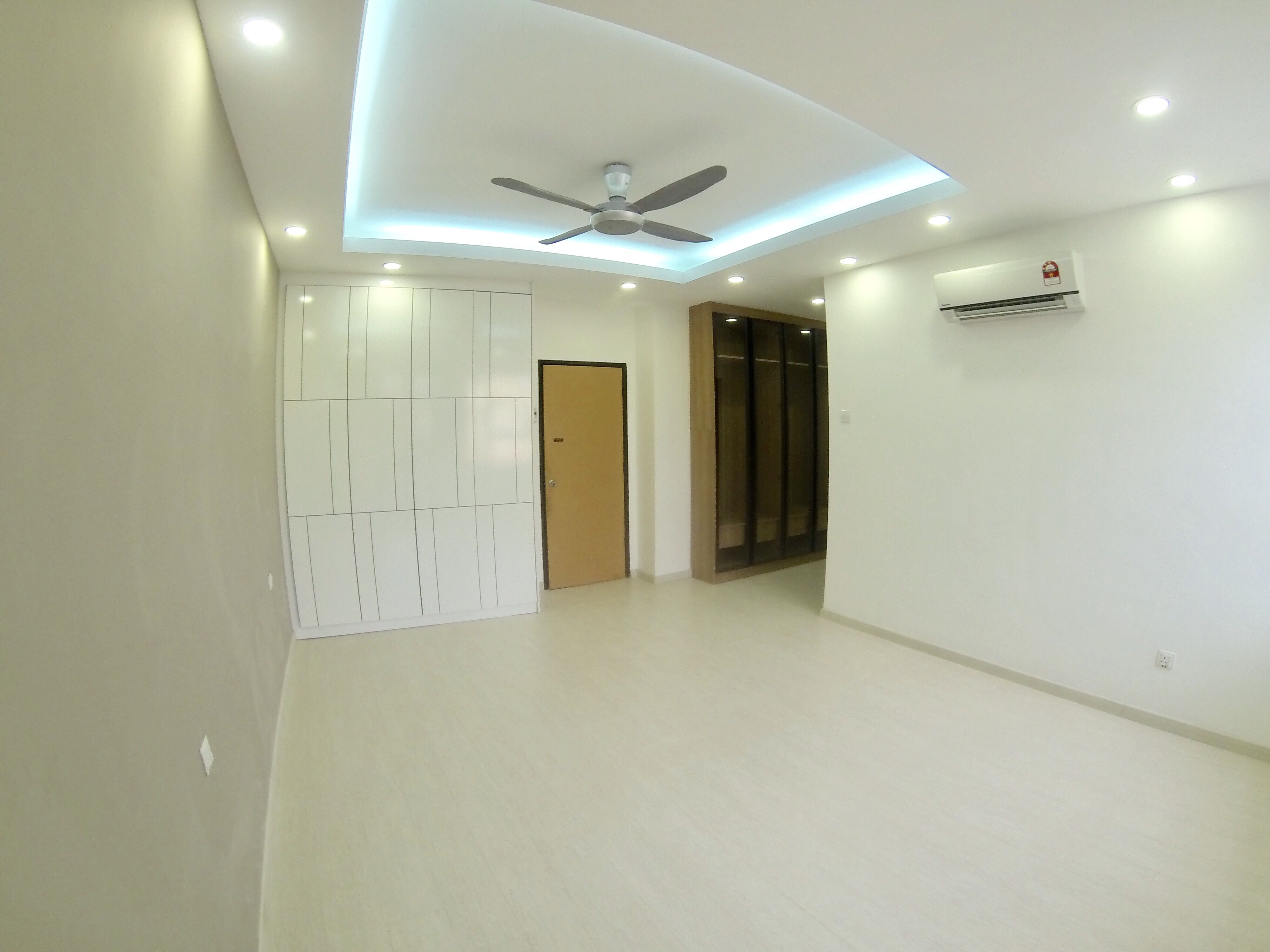 Bathroom renovation malaysia - Exterior Renovation Floor Tile Roof Truss Wall Painting Carpentry Work Laminated