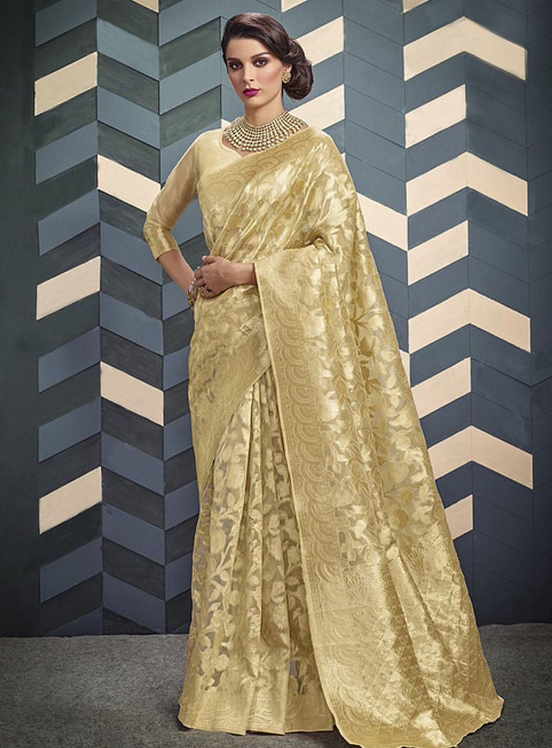 37411714a5 Buy Golden Silk Saree With Blouse 140431 with blouse online at lowest price  from vast collection of sarees at Indianclothstore.com.