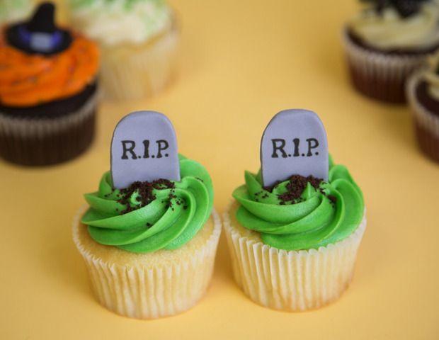 the best halloween cupcakes halloween Pinterest Halloween - halloween decorating cupcakes