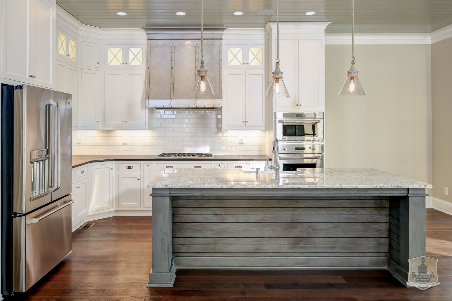 Stonecroft homes the gq louisville custom builder for Kitchen remodeling louisville ky