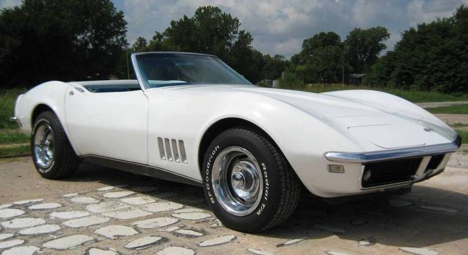 White 1968 Chevrolet Corvette Convertible