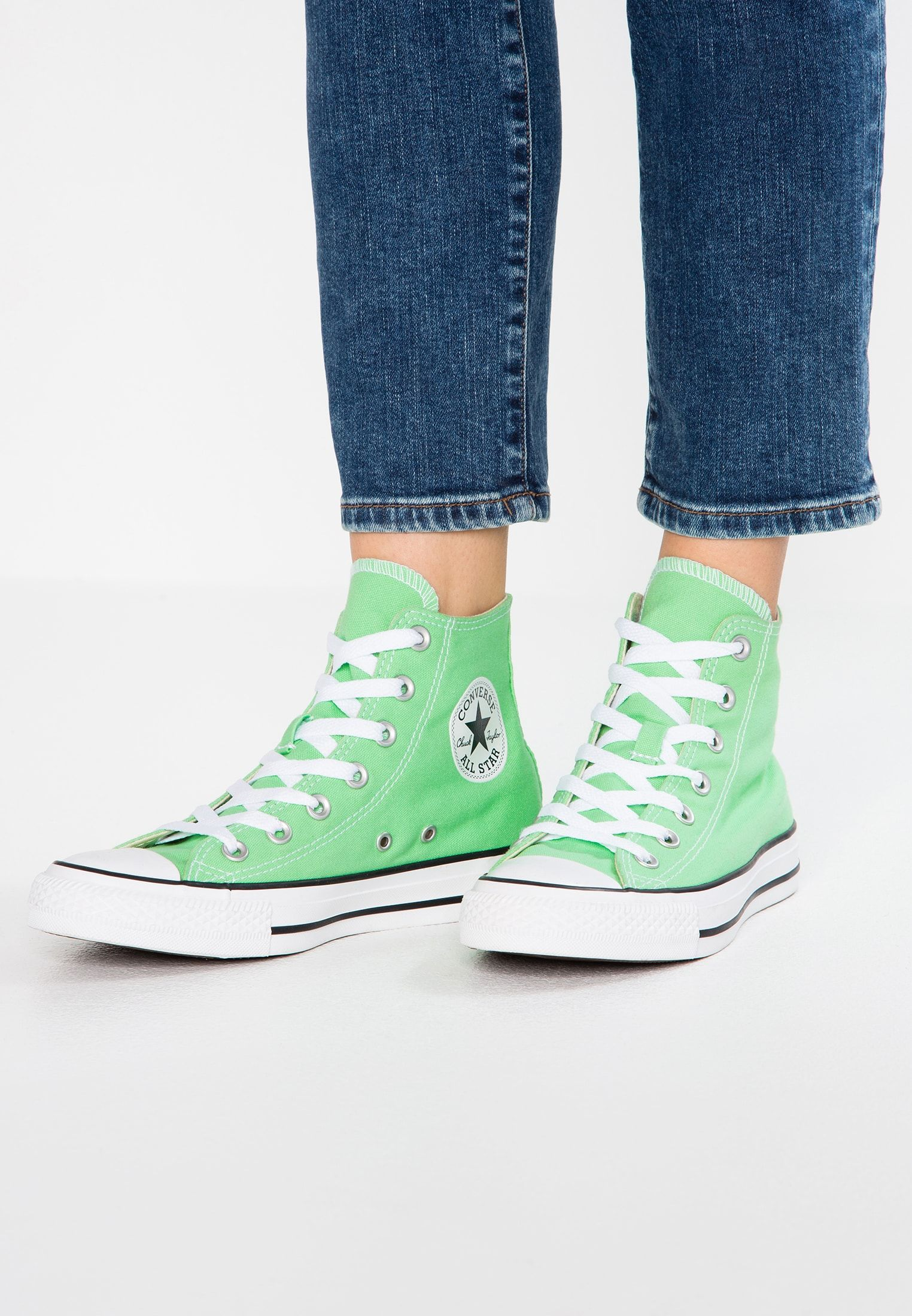 CHUCK TAYLOR Sneaker high light aphid green @