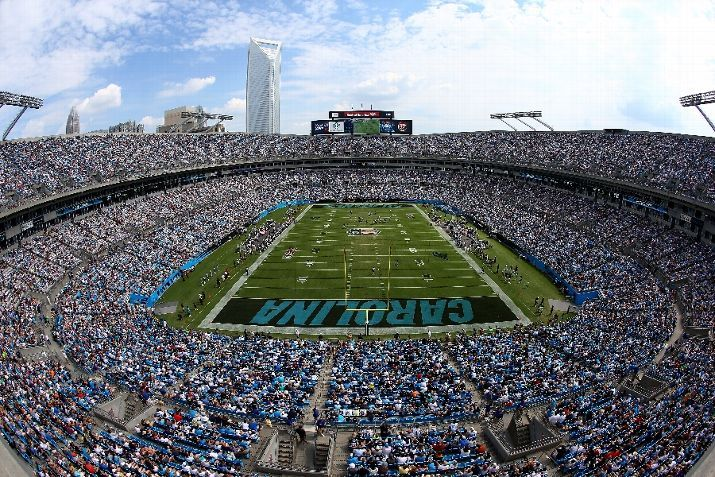 A general view of the Seattle Seahawks against the Carolina Panthers during their game at Bank of America Stadium on September 8, 2013 in Ch...