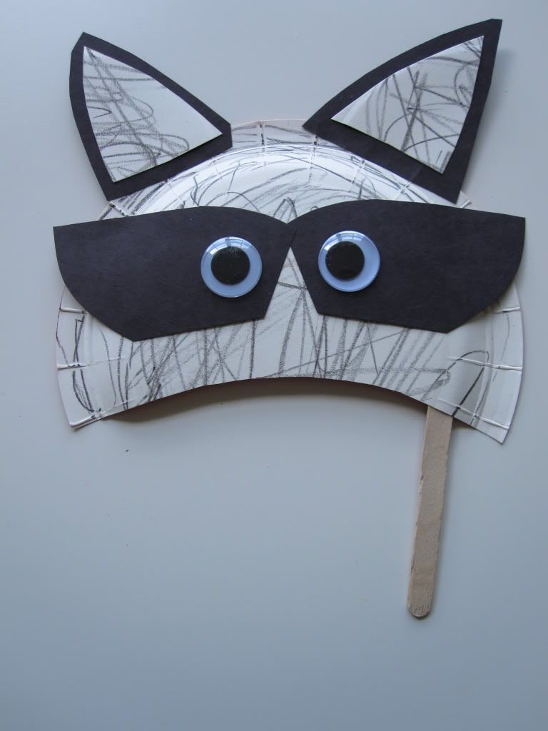 Raccoon Mask Craft | My work on other sites | The kissing