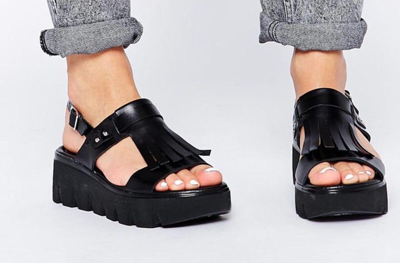 68d02167521e ASOS FLOCKLESS Leather Flatform Sandals (School Outfit)