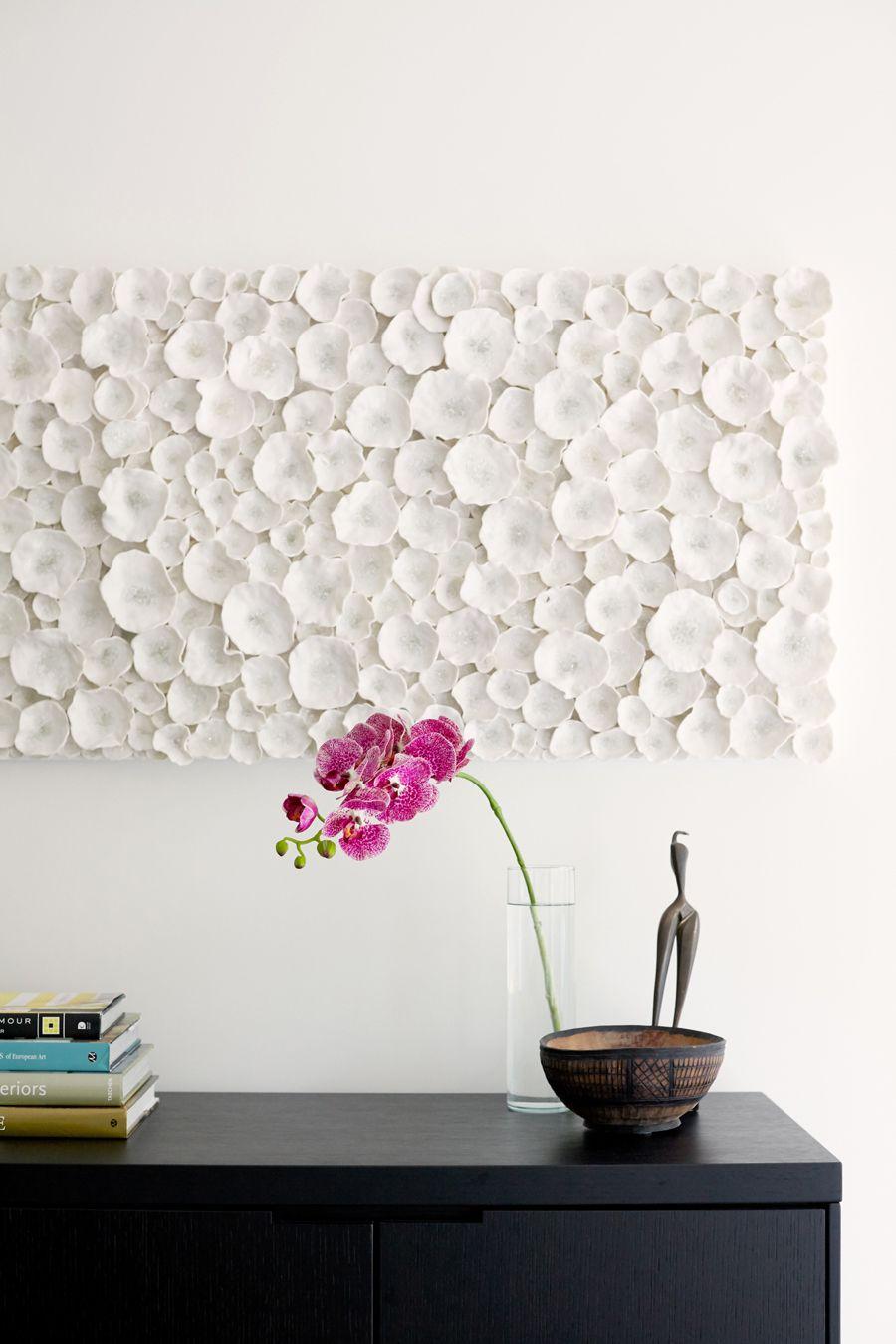 Seattle S Lisa Staton Transforms A 1950s Rambler Ceramic Wall Art Contemporary Metal Wall Art Modern Wall Decor
