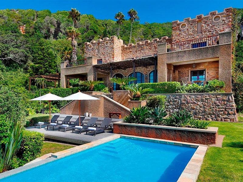 Mansion With The World S Biggest Backyard Pool Is Now For Sale Mansions Backyard Pool Big Mansions
