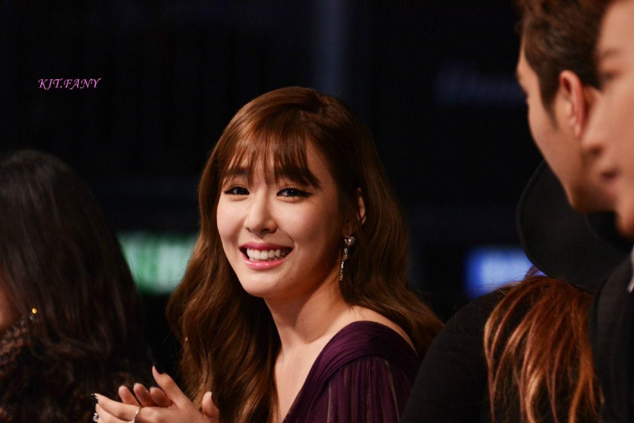 صور عالية الجودة تيفاني في حفل Mama 2014 بالأمس Girls Generation Girl Young