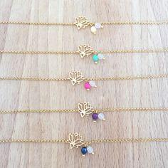 Bracelet petit lotus plaqué or 24k et perles