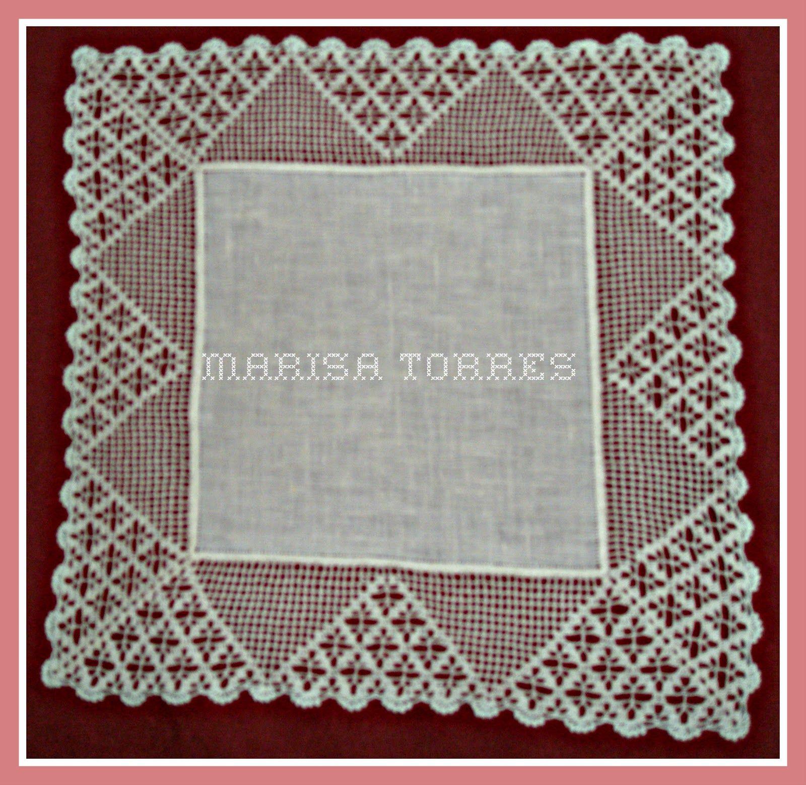 Estos pañuelos están hechos con tela de lino. El encaje de crochet ...