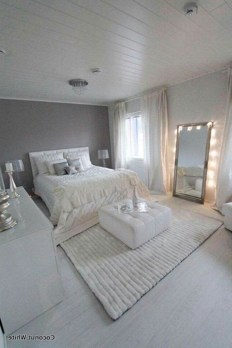 61+ Awesome Minimalist Master Bedroom Decorating Ideas images