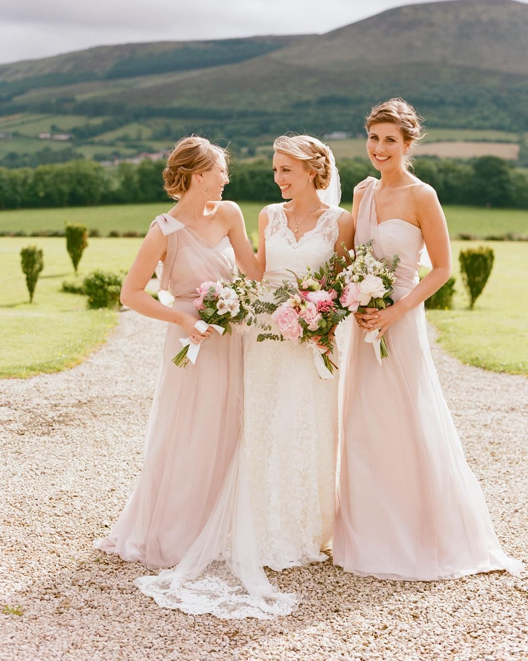 Dreaming about this Irish castle #wedding with picture perfect #bridesmaids in @maidstomeasure dresses and #bride in @cymbelineparis captured by #EADvendor @LisaODwyerPhoto! #EADweddings #elizabethannedesigns #irelandwedding by elizabethannedesigns
