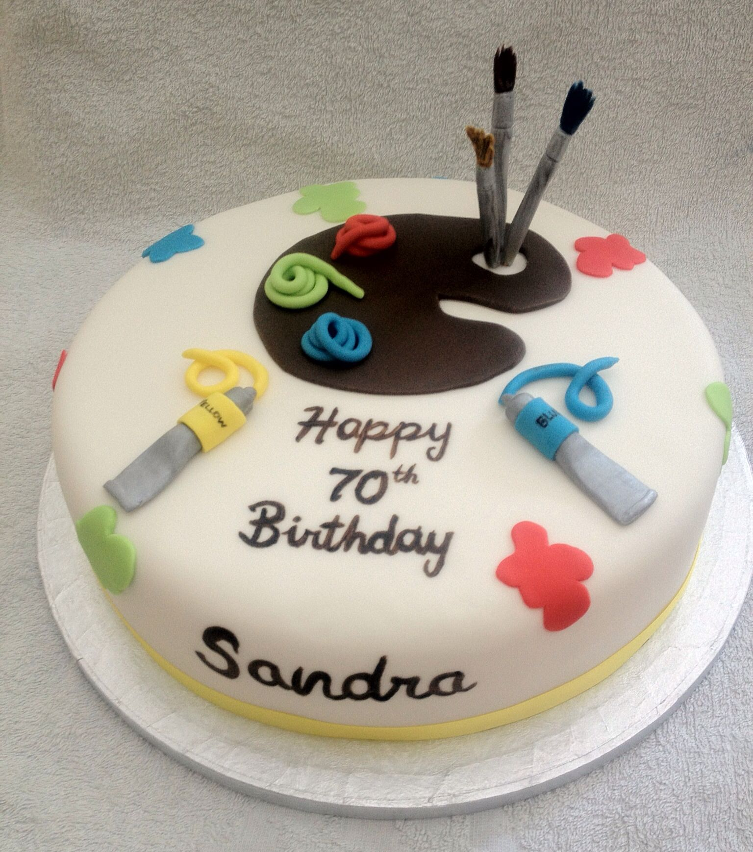 A birthday cake for an artist a surprise from her husband