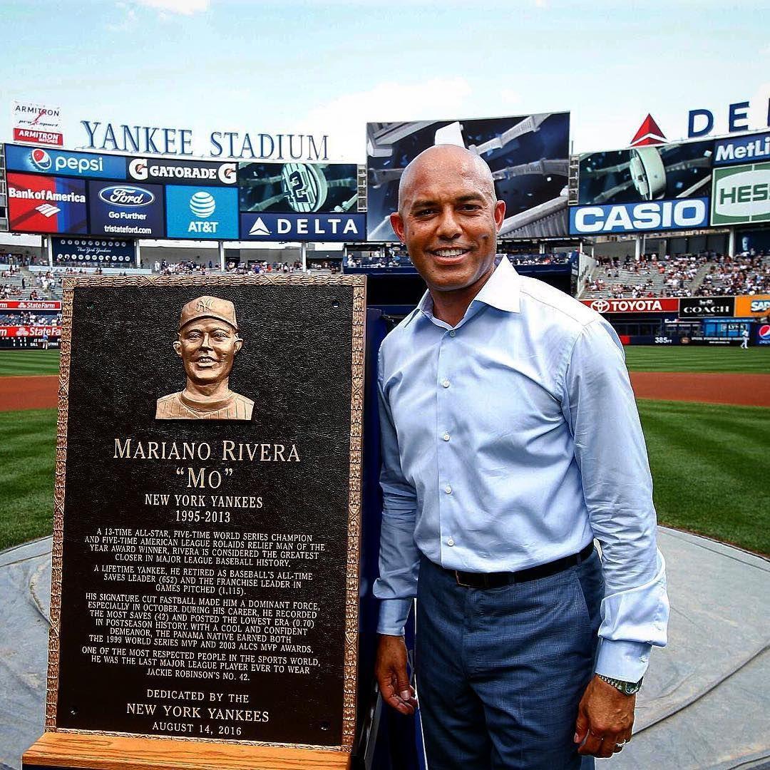 The Yankees Unveiled Mariano Rivera S Monument Park Plaque Before Their Game Baseball Award New York Yankees Yankee Stadium