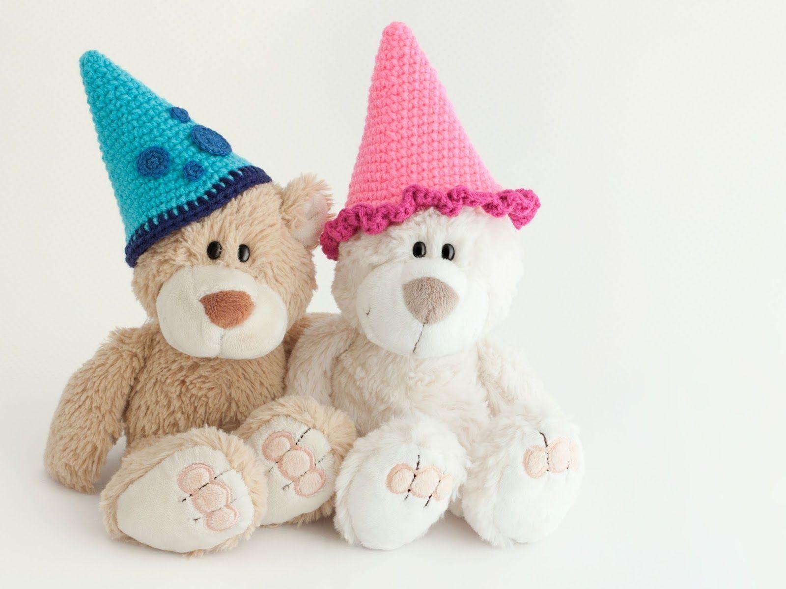 Gorro fiesta crochet (enlace a patrón gratis)   amigurumi ...