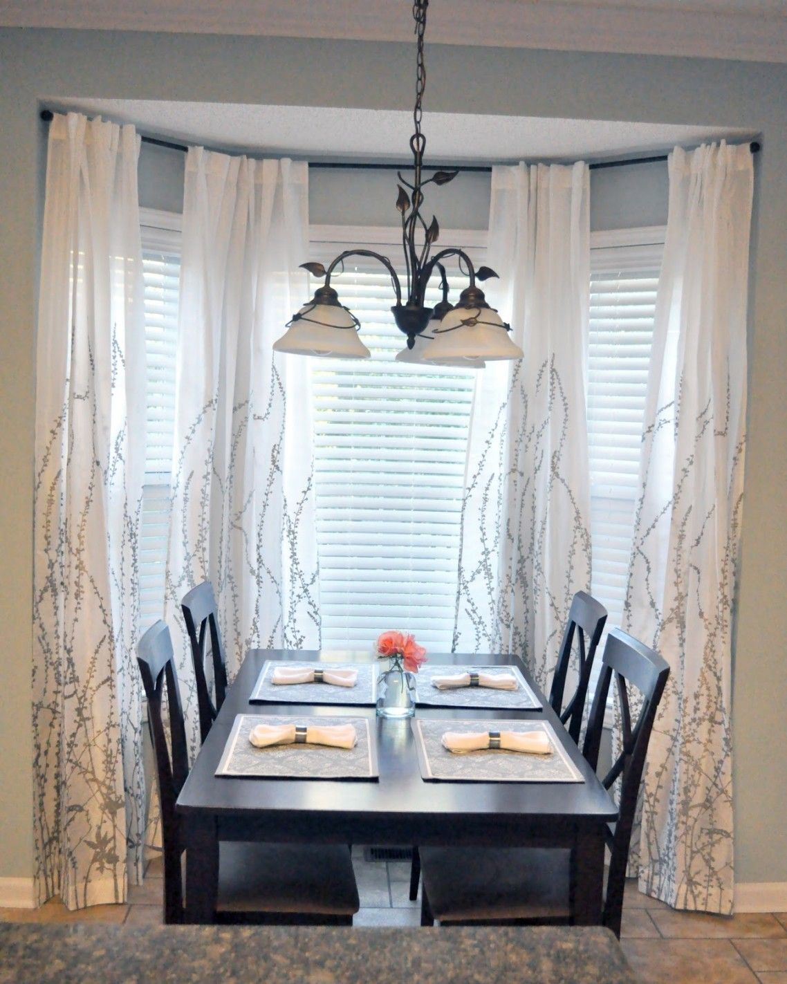 Panel Curtain Luxury White Bay Window S Window Treatments With Blinds For Dining Room With Dining Room Windows Luxury Dining Room Dining Room Window Treatments
