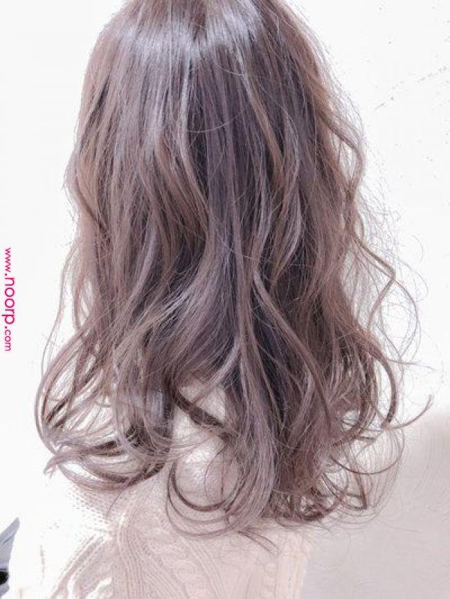 春夏はピンクアッシュヘアカラー 暗めも色落ちも楽しめるっ 헤어