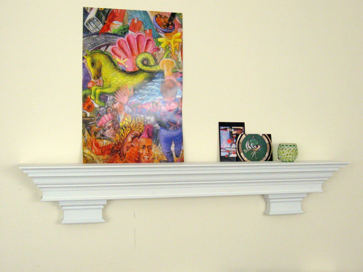 White Paint Traditional Fireplace Mantel Shelves with Crown Moulding