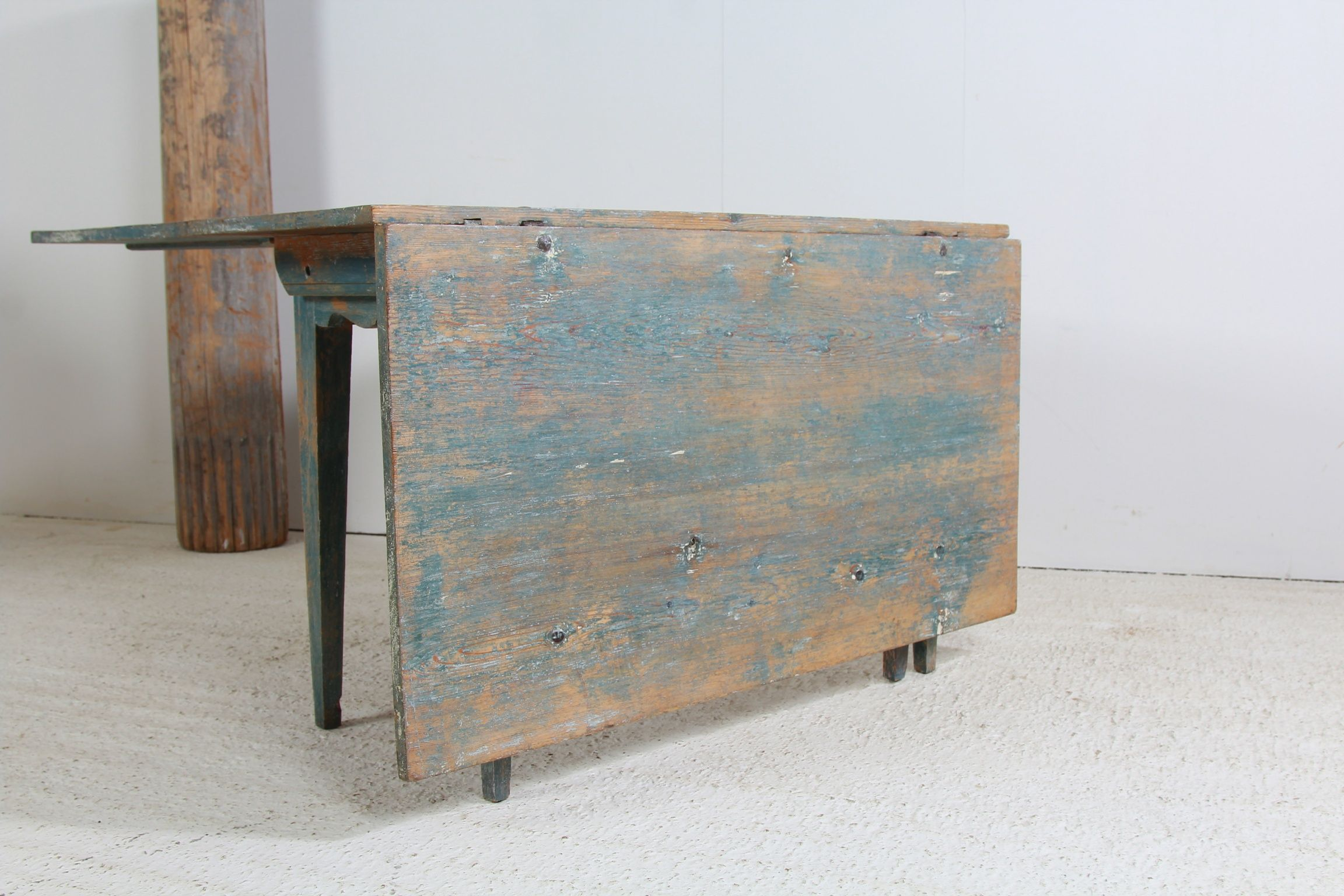 French Antique Furniture, Art Deco Interior Decoration, Painted Chests, Mirrors