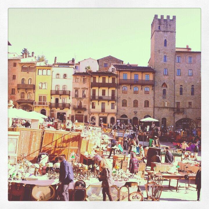 Arezzo Tuscany Piazza Grande Fiera Antiquaria