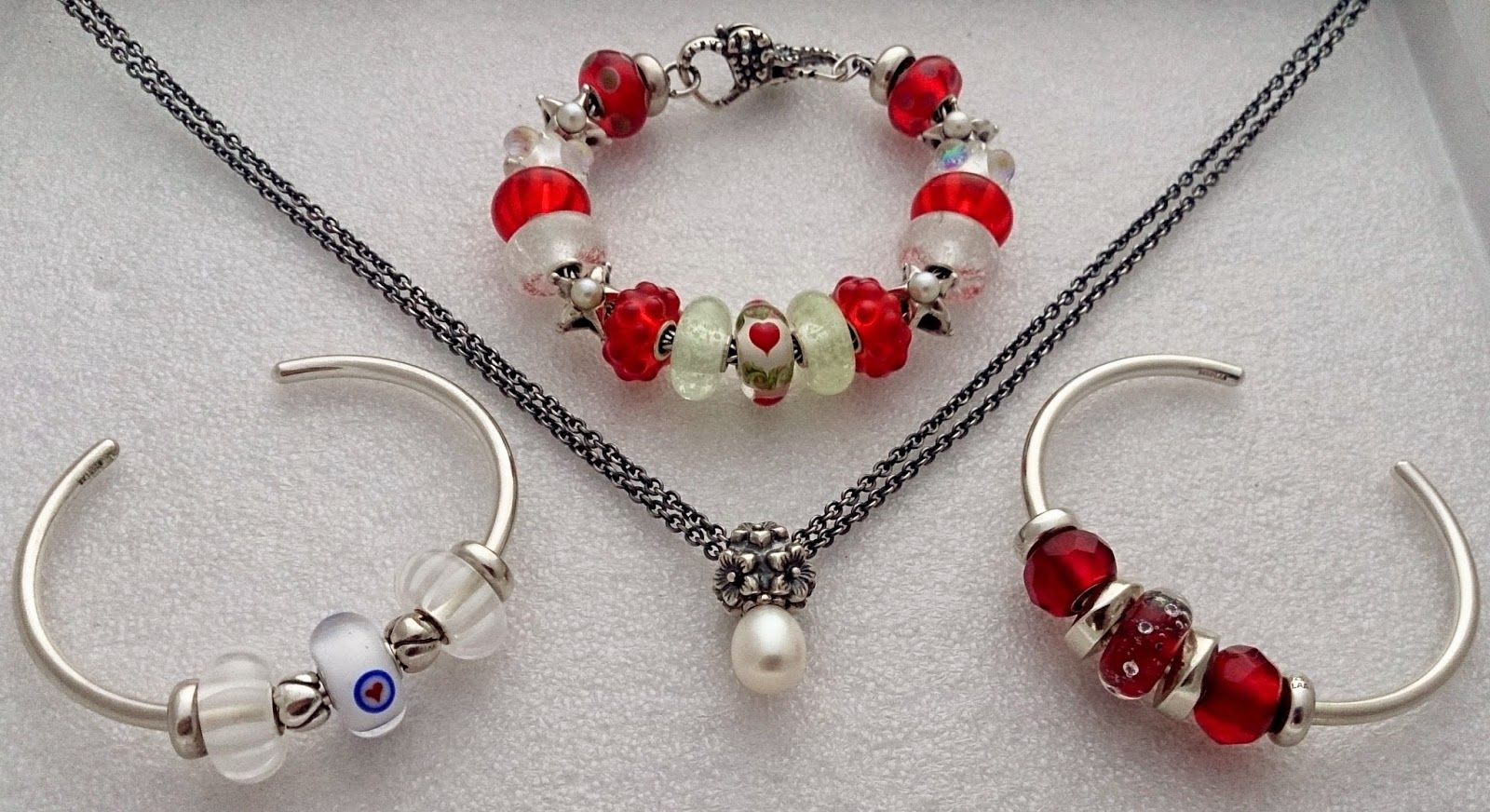 Curling Stones for Lego People: Themed Jewellery - Valentine's Day: Traditional Bracelet, Bangle & Fantasy Necklace Set