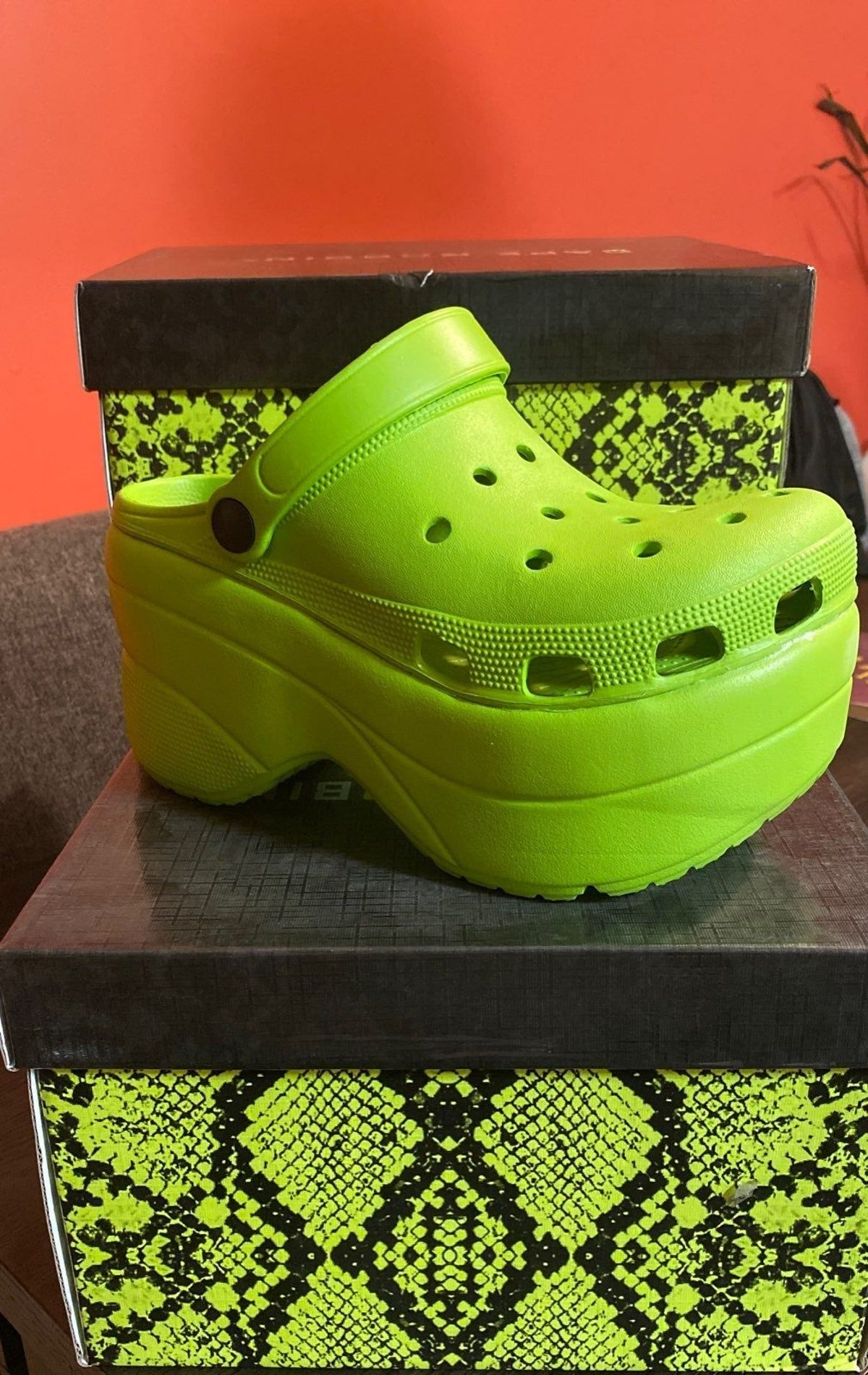 Platform crocs, Platform clogs