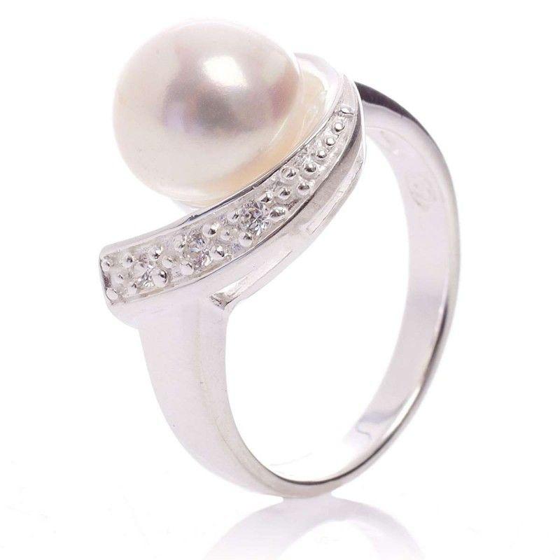 bague en argent avec perle