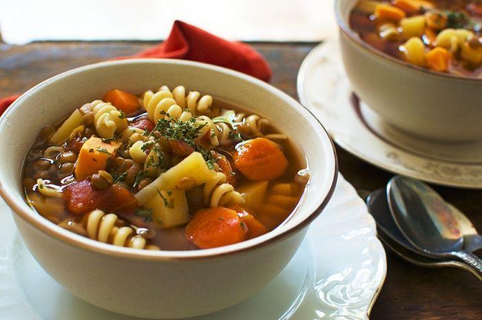 Soupe repas nouilles et l gumes ultra rapide recette repas pour eli pinterest soup for Recette mojito grande quantite