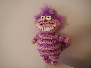 Cheshire Cat crochet pattern. LOL alice and wonderland           :-)