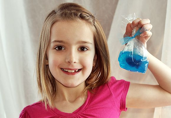 Check out jello shot gummy fish bowl it 39 s so easy to make for Does swedish fish have gelatin