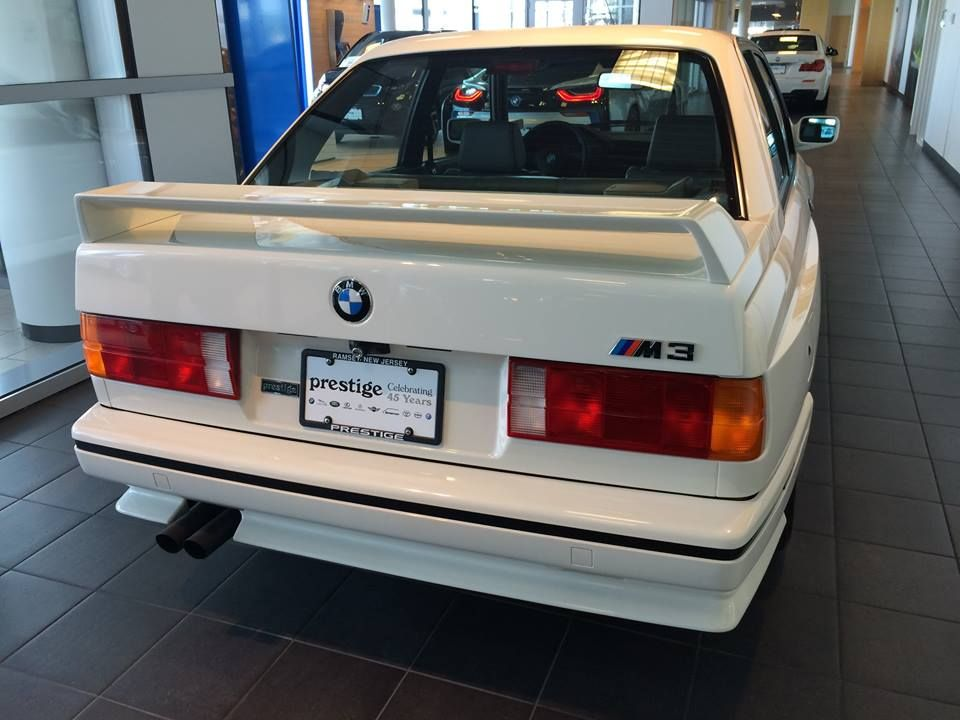 Youre Definitely Going To Want Check Out This Amazing Vintage 1991 BMW M3