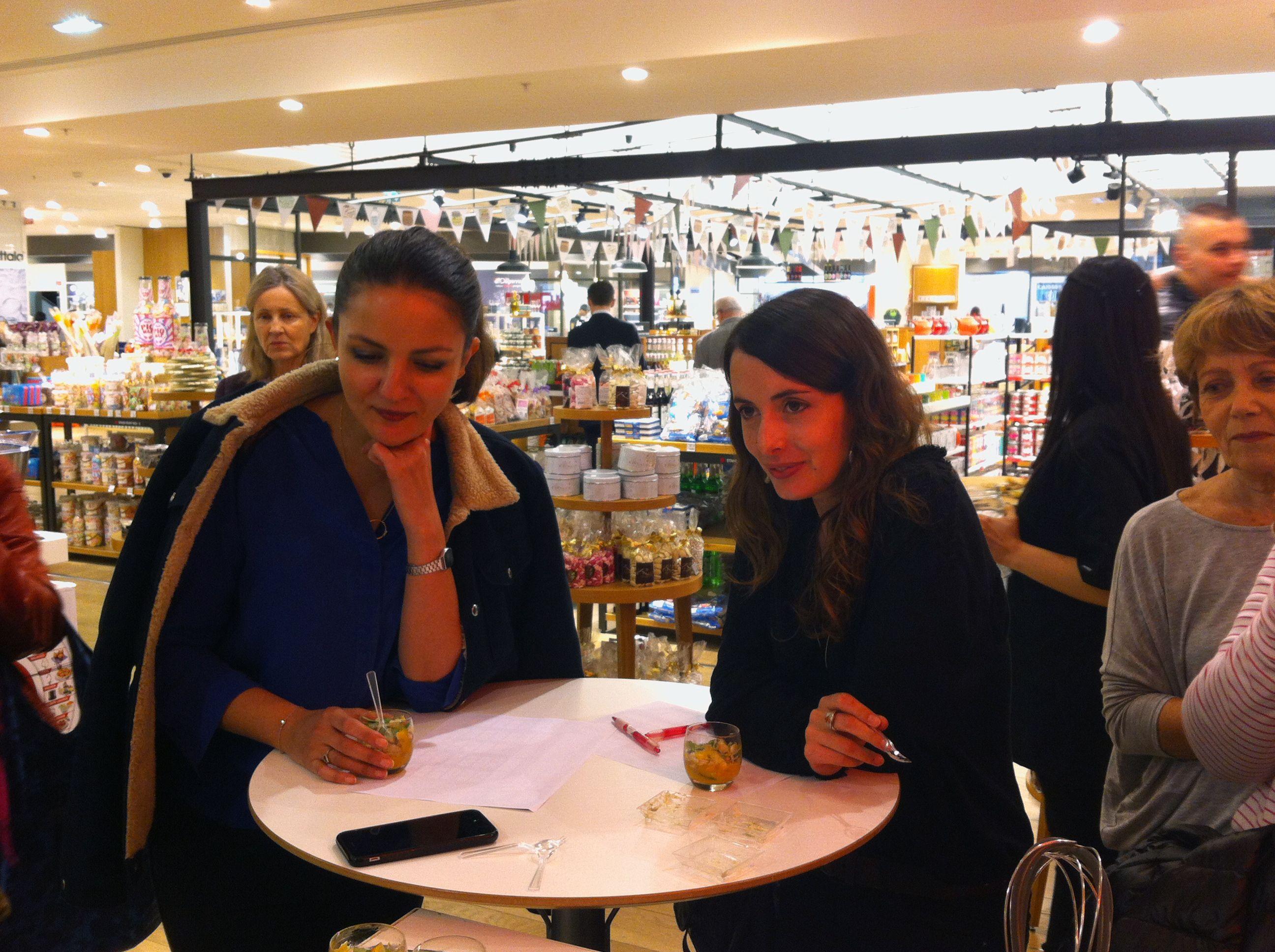 Nos deux membres du jury, Sofia Tamani de #Kitchnchic et Julie Chapon de #YUCA ! au #BHVmarais