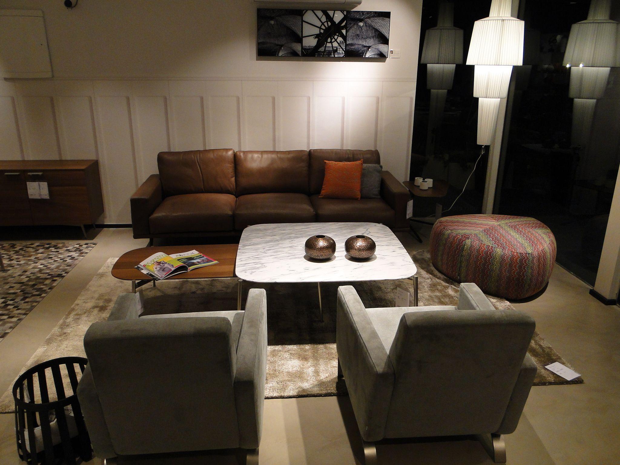 BoConcept Carlton Sofa Fly Chairs