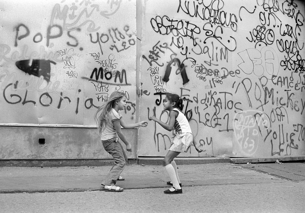 Everybodystreet photo by martha cooper urban photography