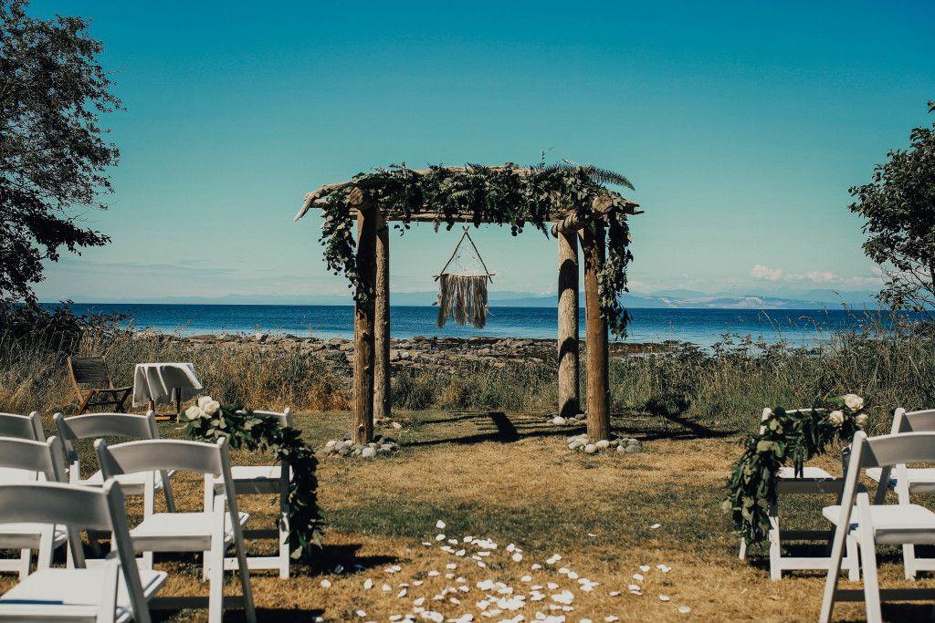 Sea Breeze Lodge | Hornby Island Getaway Lodge, BC Family ...