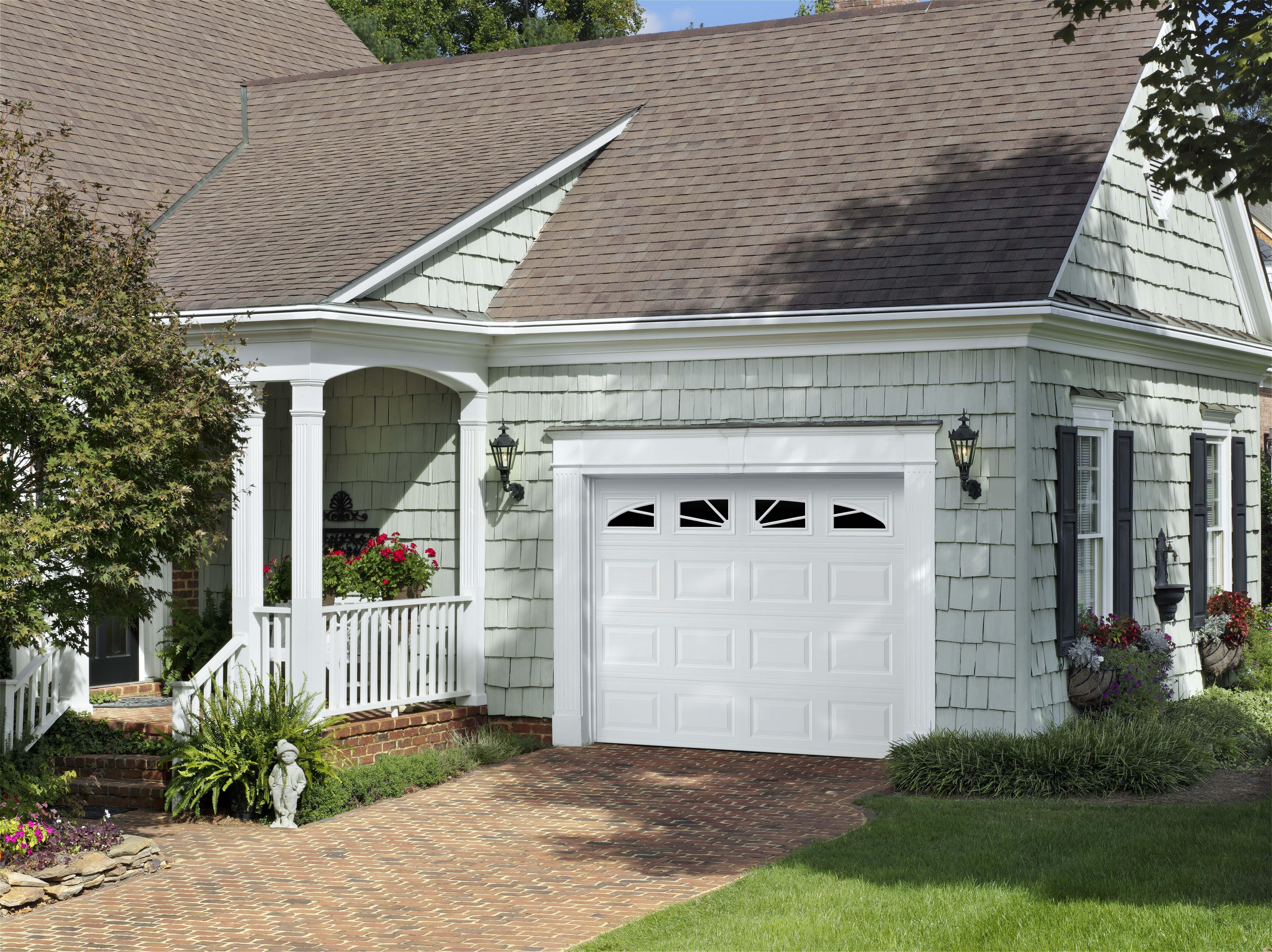Amarr Short Panel Garage Door In True White With Sunray Decratrim