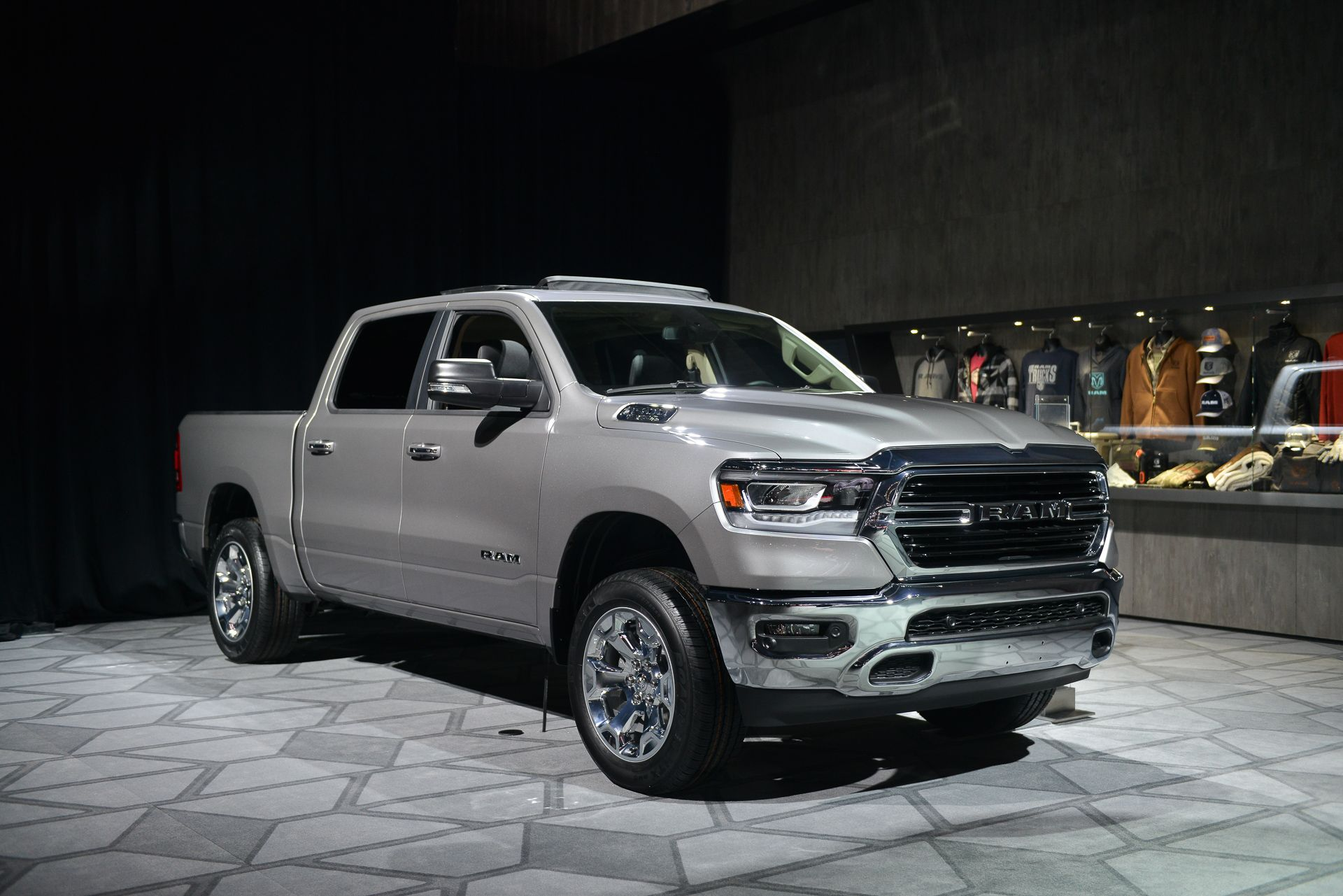 2019 Ram 1500 Pickup Has 48 Volt Mild Hybrid System For Fuel