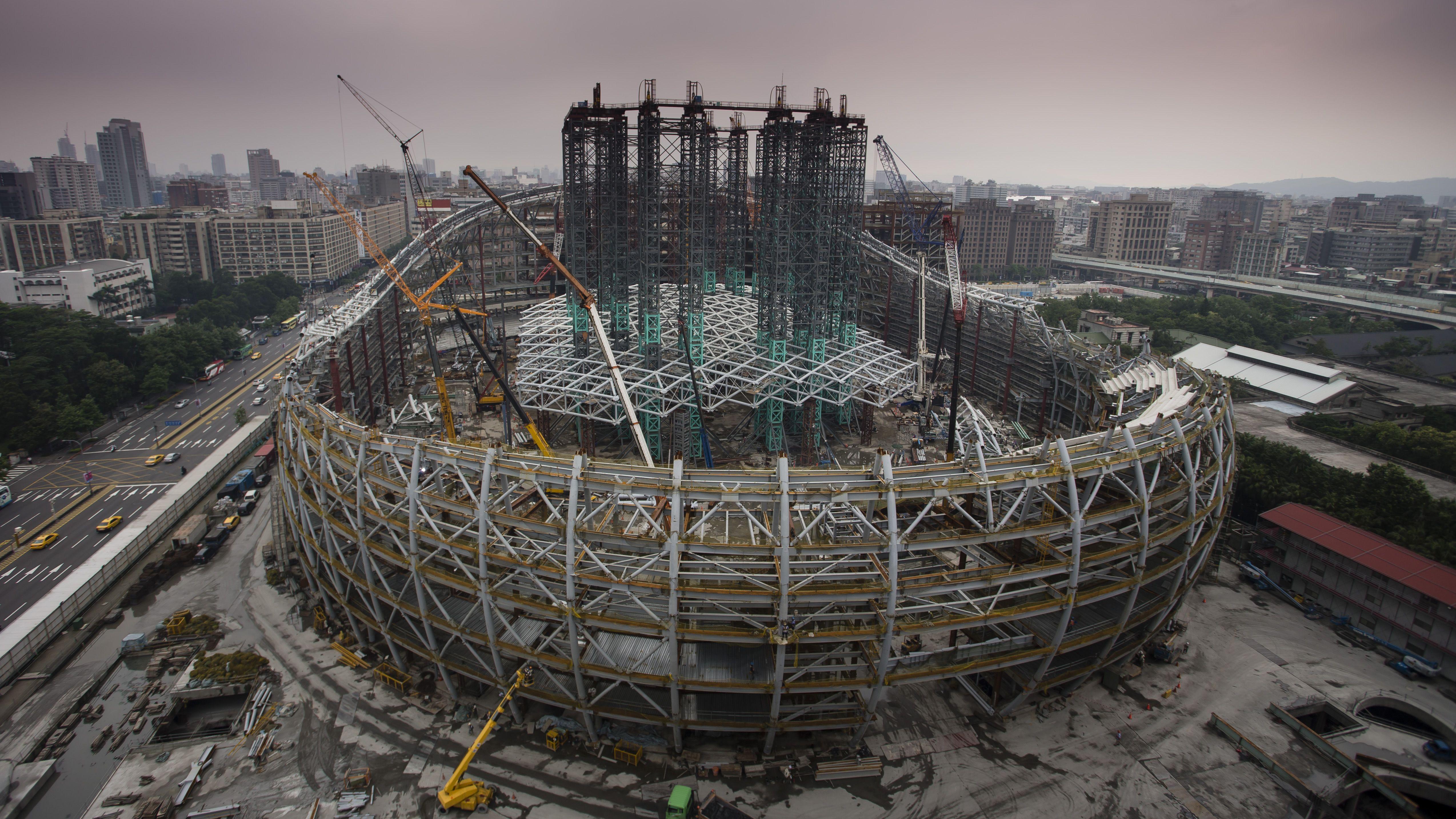 250 Construction Ideas Construction Shanghai Tower Crane Construction